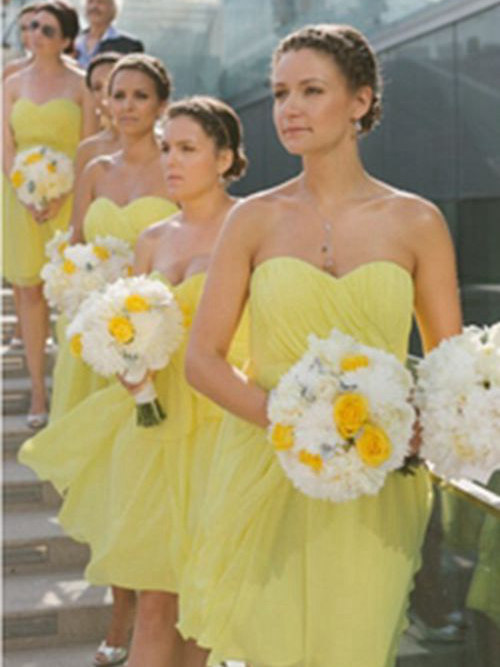 A-line Sweetheart Knee Length Chiffon Yellow Bridesmaid Dresses