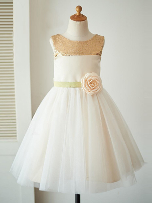 A-line Bateau Tulle Sequins Flower Girl Dress Bowknot