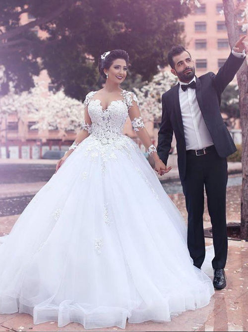 Ball Gown Sweetheart Sweep Train Organza Lace Sleeves Bridal Dre