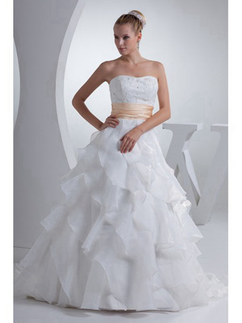 A-line Sweetheart Organza Wedding Gown Ruffles