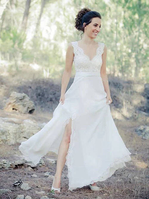 A-line V Neck Lace Chiffon Bridal Wear