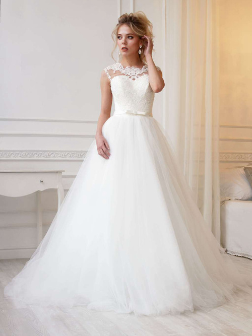 Ball Gown Scoop Lace Tulle Wedding Wear